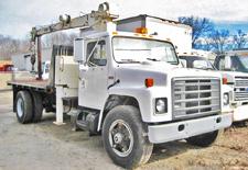 international crane trucks